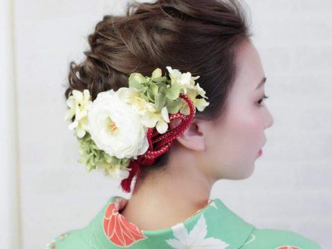 和装卒業式袴着付けヘアアレンジ 組紐とお花の髪飾り